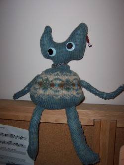 crafts from old sweaters, repurposing, felted sweater craft,