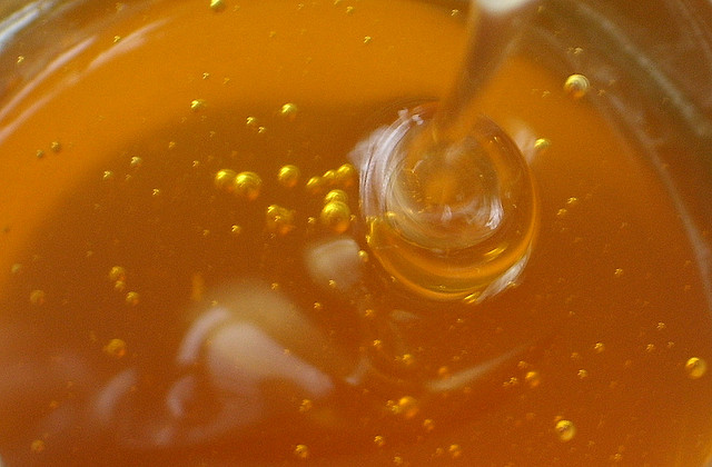 fake honey, adulterated honey, raw honey, asian honey, contaminated honey,
